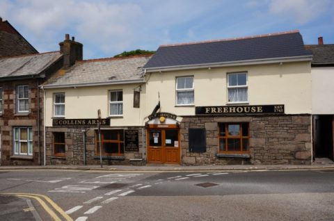 PRICE REDUCTION: The Collins Arms, Redruth